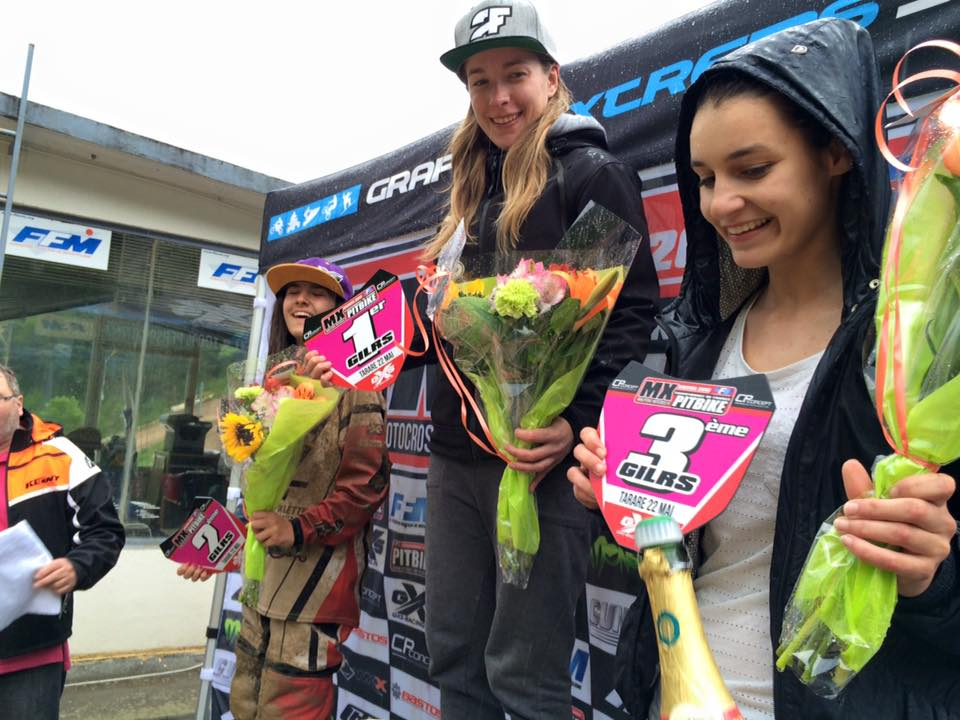 podium pit bike tarare girl