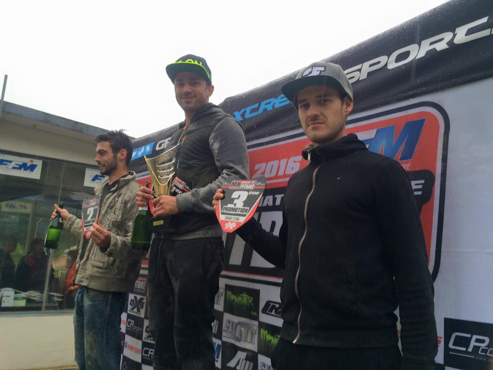 podium pit bike tarare promotion