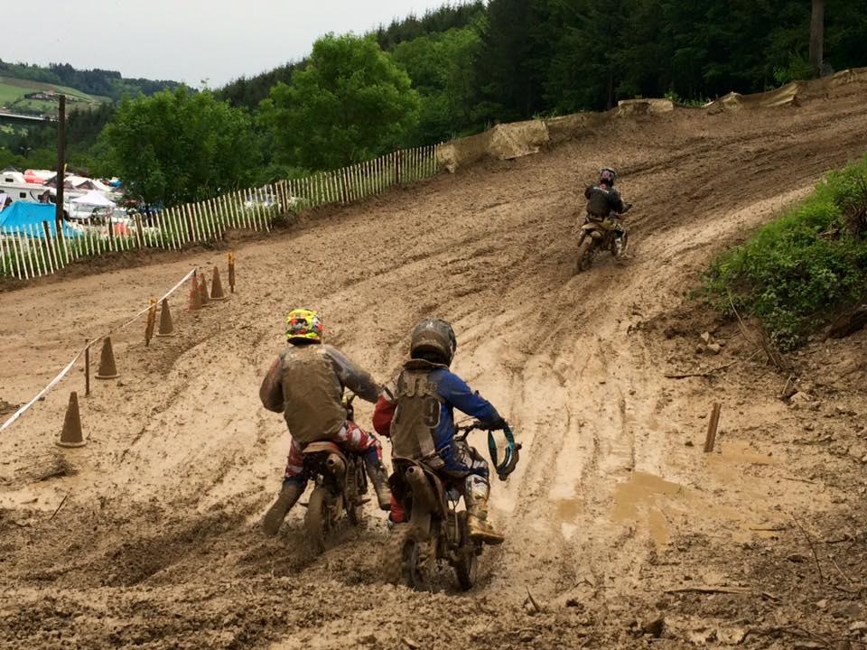 boue pit bike