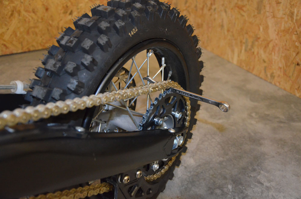cle plate roue pit bike