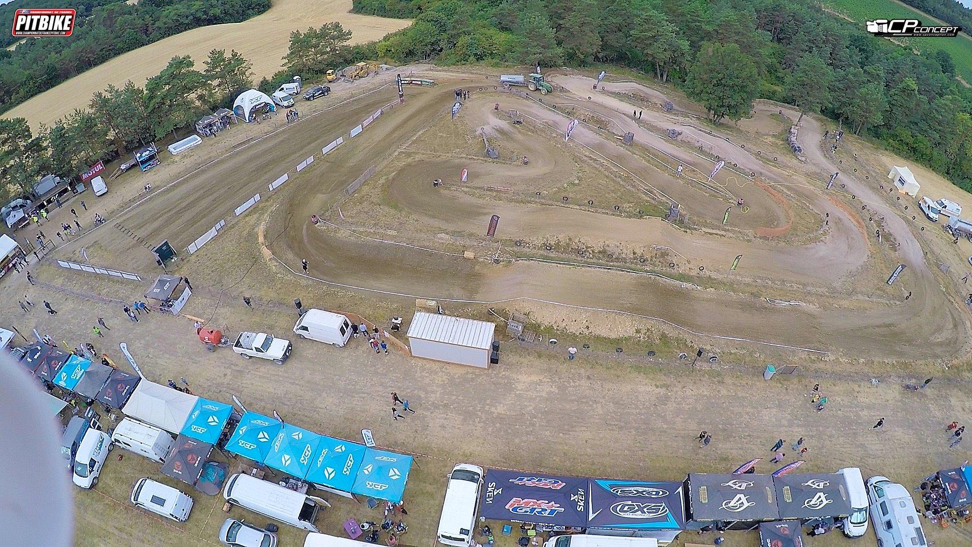 circuit loches terrain pit bike