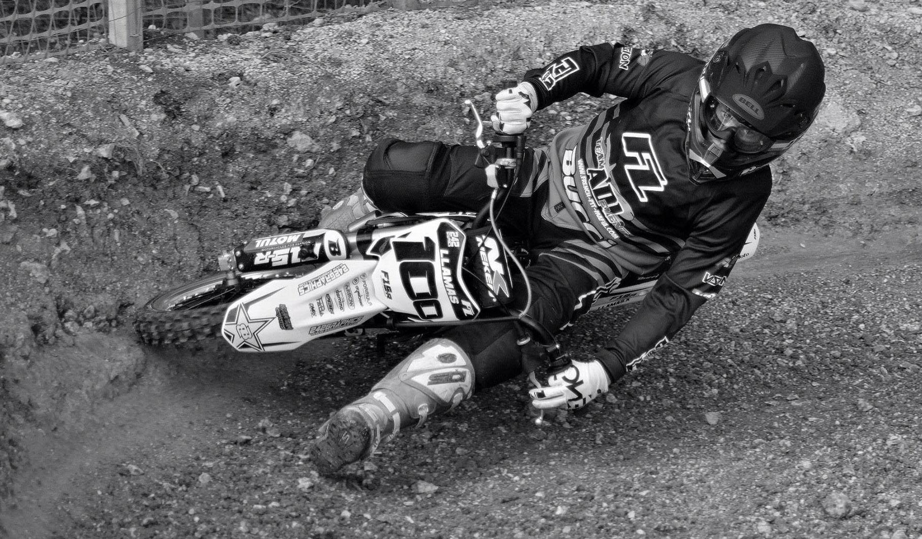 kevin llamas mini moto