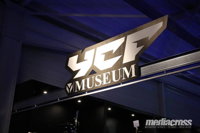 YCF musee mini moto