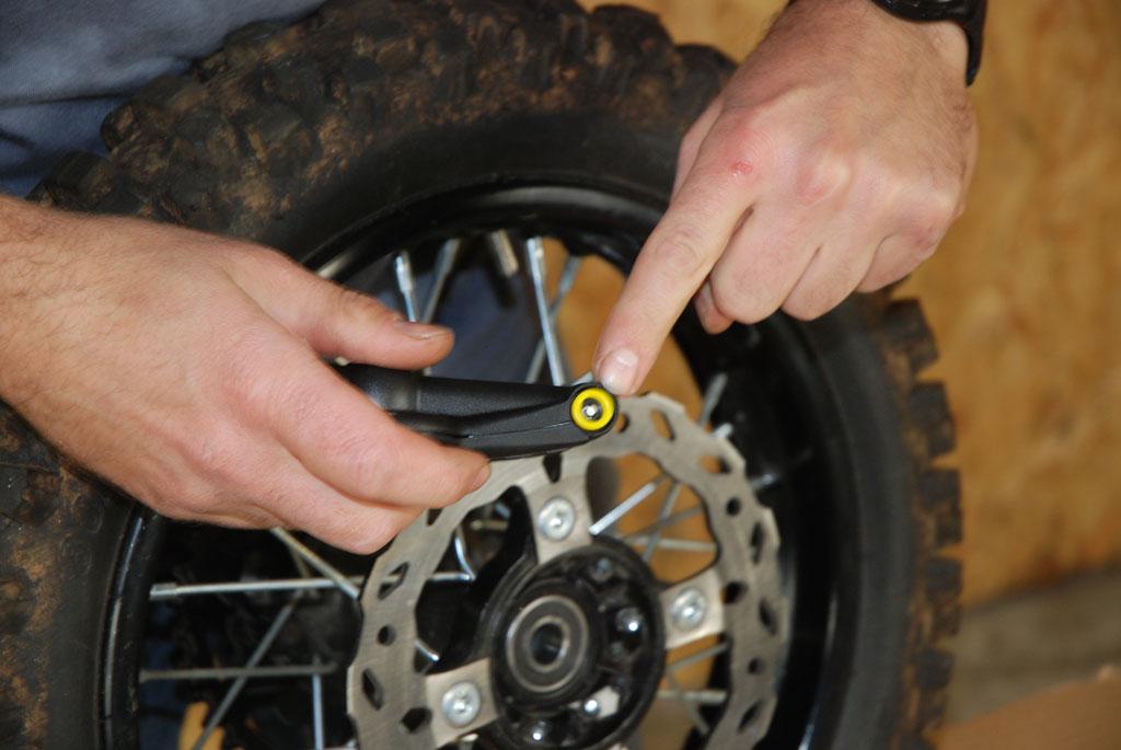 manometre pneu mini moto