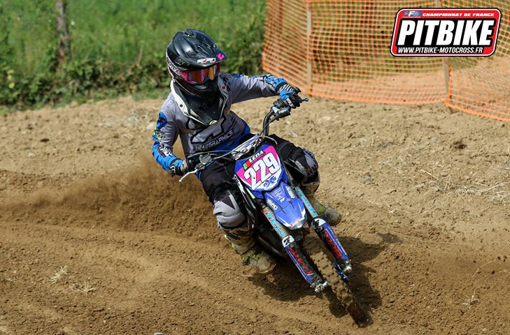 girl pit bike feillens